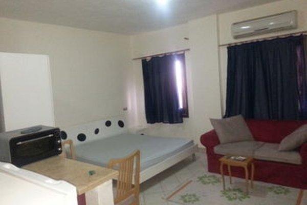 Criss Haya Apartments - 16