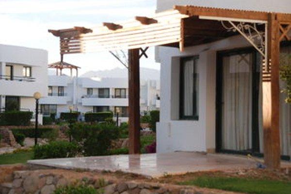 Criss Haya Apartments - 21