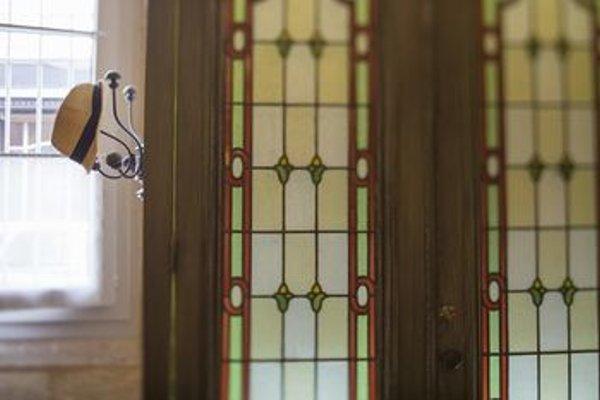 Une Chambre Chez Dupont - 17