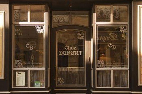 Une Chambre Chez Dupont - 22