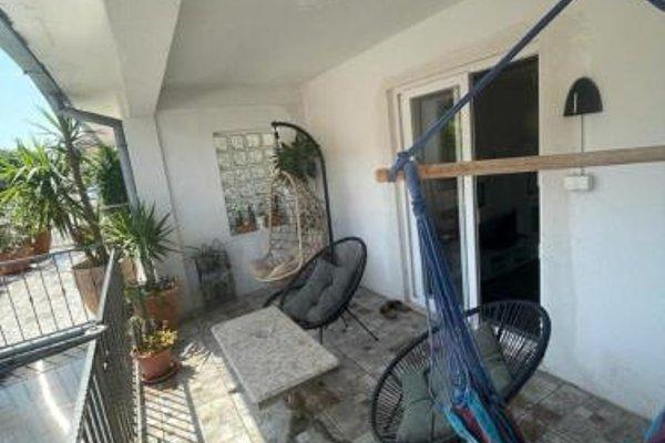 Mavi Apartment - фото 15