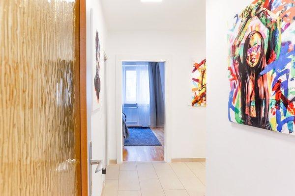 SKY9 Apartments Margareten - фото 15