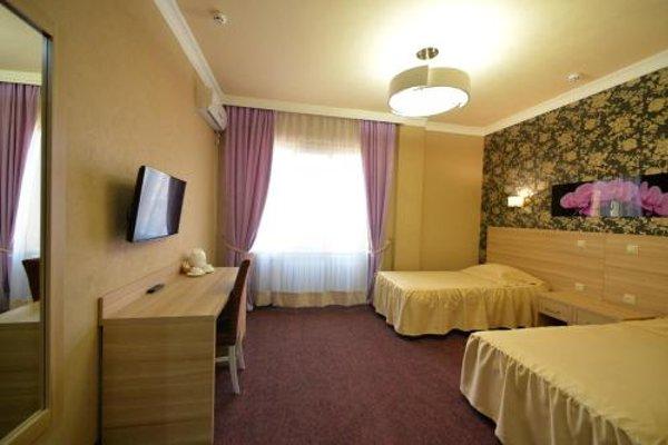 Отель Городок - 3