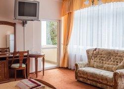 """Фото 1 отеля Sanatorium """"Pushkino"""" - Гурзуф, Крым"""