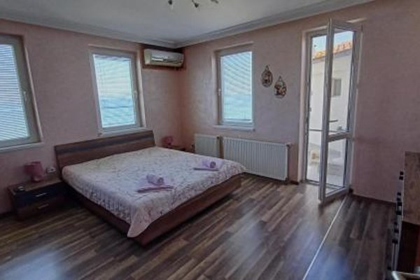 Nikolovi Home Apartments - 13