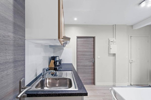 Renovated 3 Bedroom close to Bastille - 28