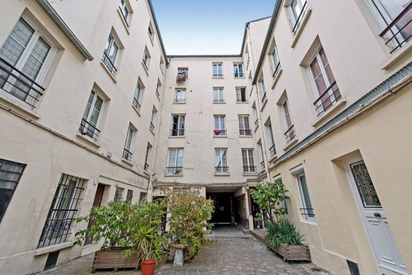 Renovated 3 Bedroom close to Bastille - 24