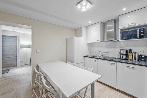 Renovated 3 Bedroom close to Bastille - 13