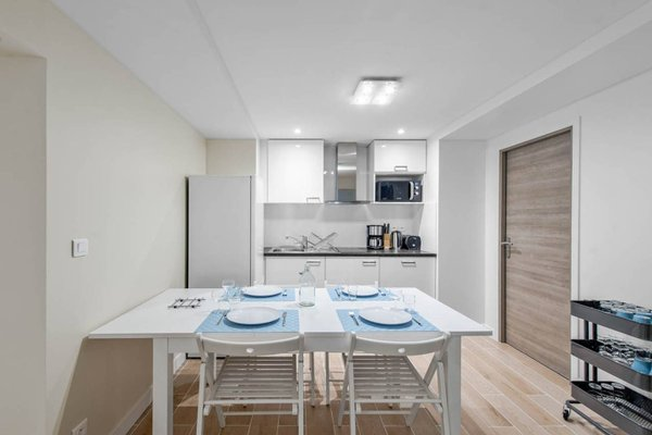 Renovated 3 Bedroom close to Bastille - 5