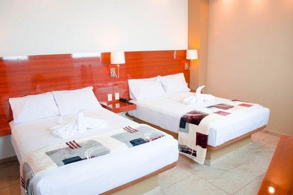 Hotel Cosmopolitan - фото 4