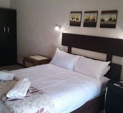 Boer en Brit Self Catering Accommodation Guesthouse