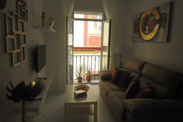 Bromham Apartment - 11