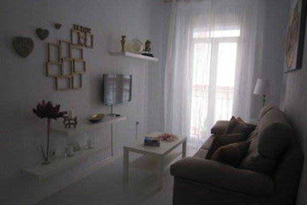 Bromham Apartment - 12