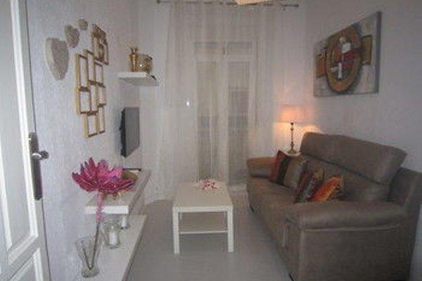 Bromham Apartment - 13