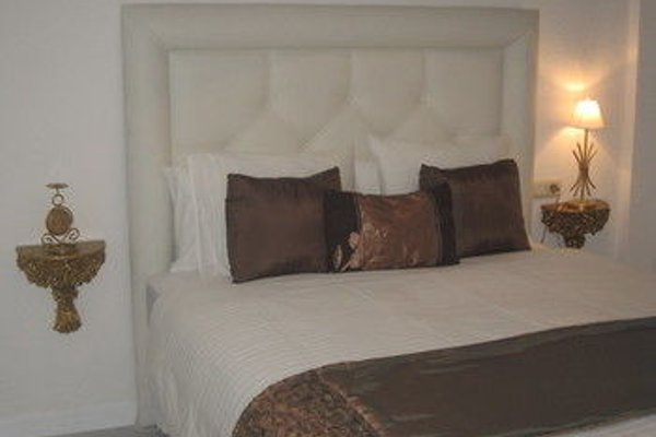 Bromham Apartment - 6