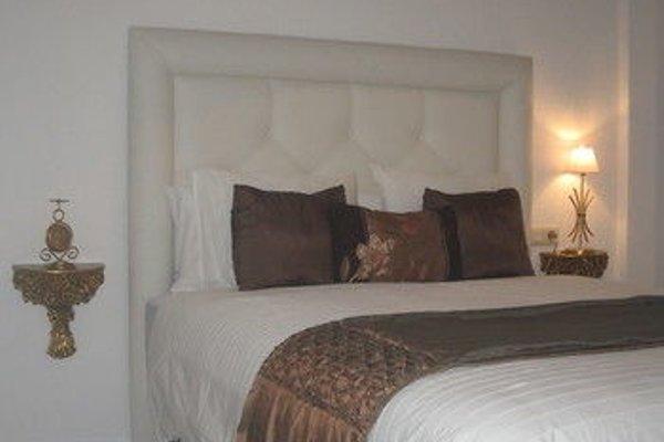 Bromham Apartment - 8