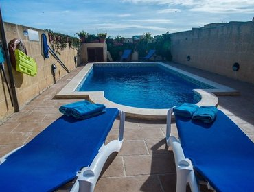 Апартаменты Villayana Holiday Home with Pool