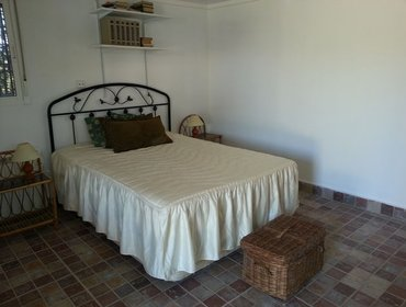 Апартаменты Comfortable 1-bedroom house in Andalusia featuring furnished garden - 15 km to the beach!