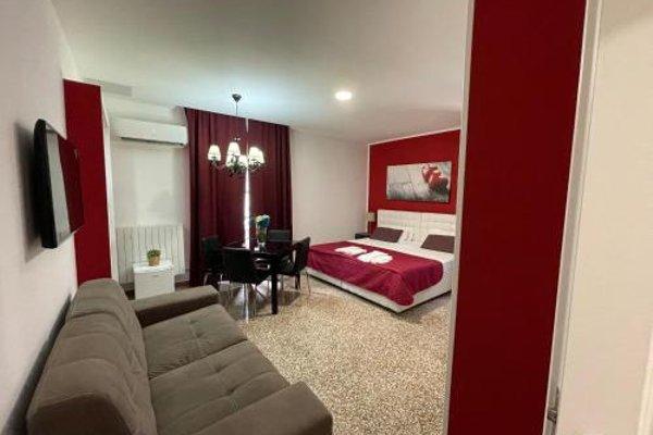 Angioino Rooms - фото 23