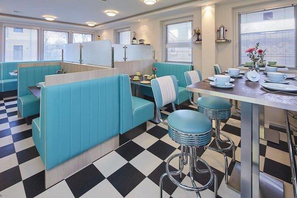 """Bernstein Hotel """"50`s Seaside Motel"""" - фото 16"""