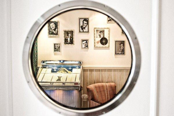 """Bernstein Hotel """"50`s Seaside Motel"""" - фото 17"""