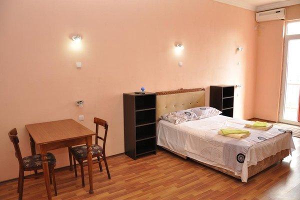 Realbatumi Hotel Anri - фото 3