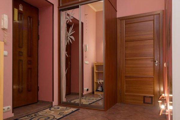 Stylish Apartment on Sverdlova 24 - фото 18