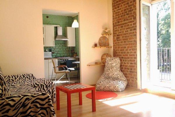 Stylish Apartment on Sverdlova 24 - фото 19