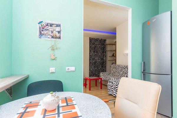 Stylish Apartment on Sverdlova 24 - фото 9