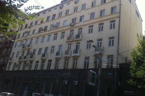 Jasmine's Downtown Apartment - фото 13