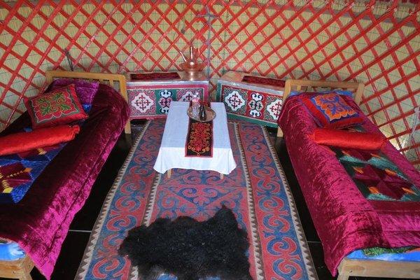 Nomad Yurt Hostel - фото 6