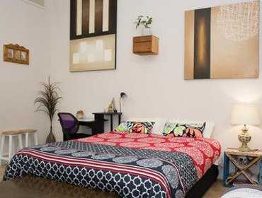 Апартаменты Westside Studio Apartments