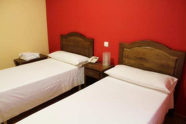 Hostal Don Lucas - 4