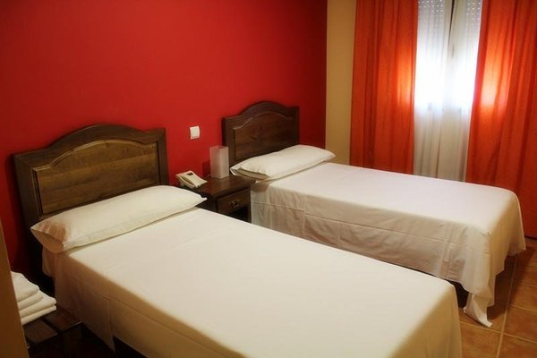 Hostal Don Lucas - 6