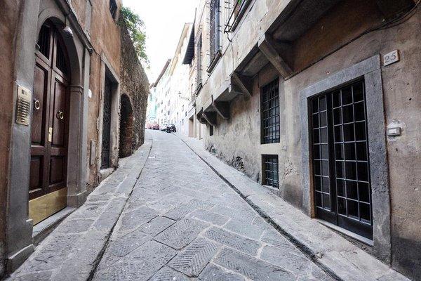 Old Tower Ponte Vecchio Suite - фото 19