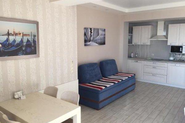 Apartment Versal na Nesebrskaya 14 - фото 9