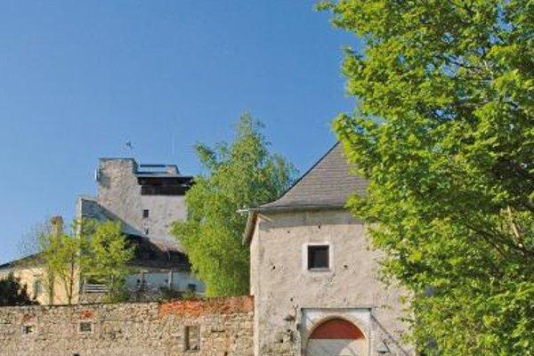 Schatz.Kammer Burg Kreuzen - 21