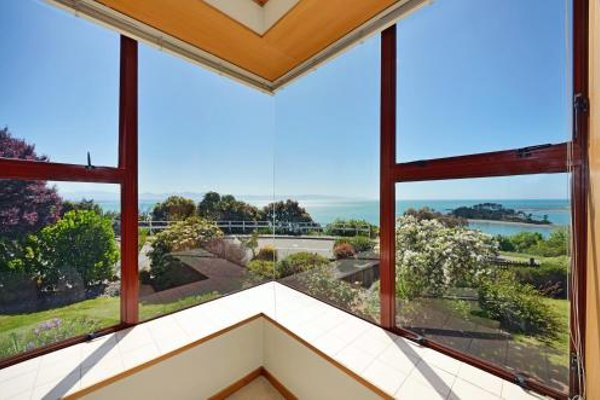 Cliff-top Holiday Home - фото 11
