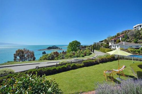 Cliff-top Holiday Home - фото 12