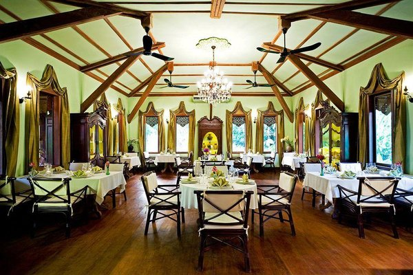Angkor Village Resort & Spa - фото 11