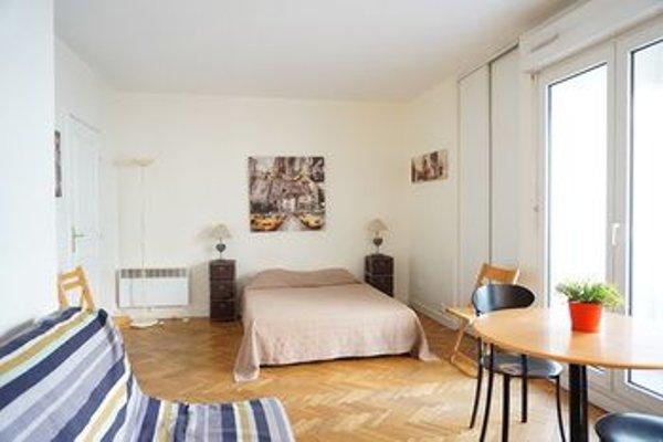 Apartment Rue Nocard Paris 7 - 12