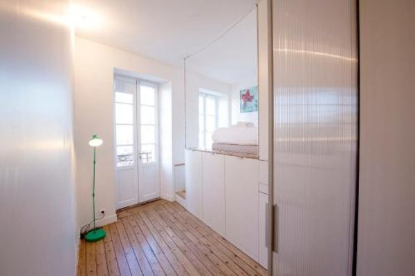 Place Saint Michel Apartment - 12