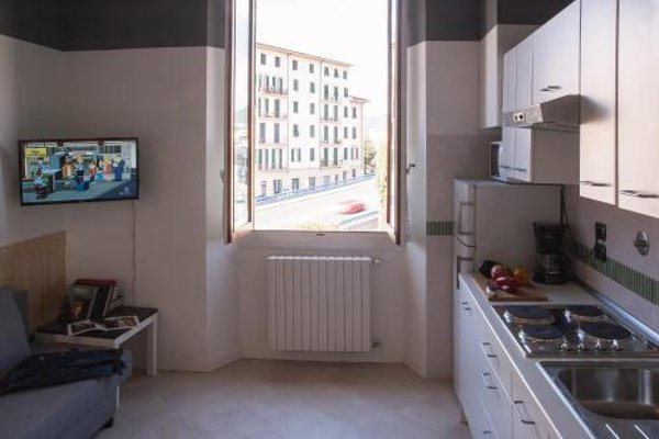 In Florence Apartments - 12
