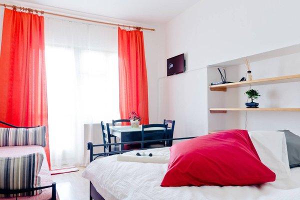 Opletalova 9 Apartment with Terrace - фото 3