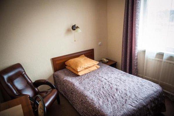 Прибалтийский Отель - 3