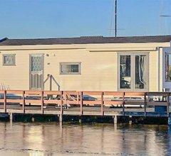 Holiday home Breukelen III