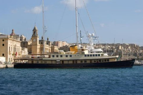 Seagull II Luxury Historic Static Charter - 18