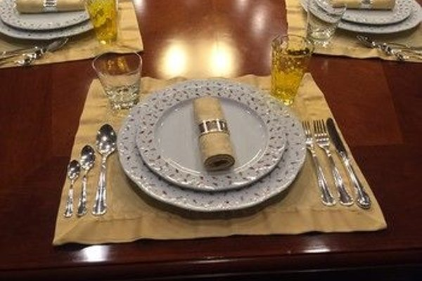 Seagull II Luxury Historic Static Charter - 19