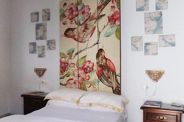 Mayflowers Hostel - фото 17