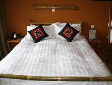 Гестхаус Yangshuo Village Inn